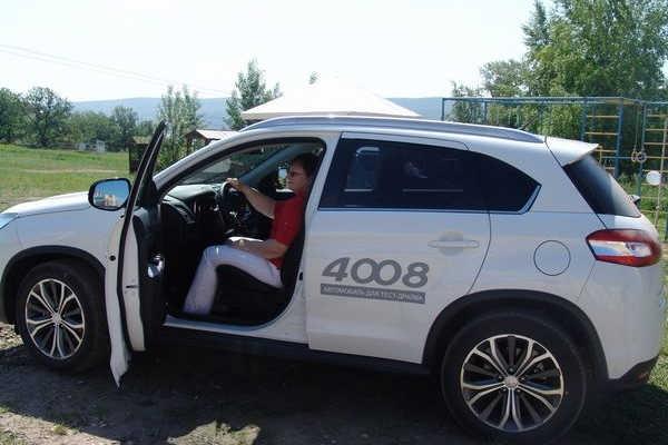 Тест-драйв нового кроссовера Peugeot 4008!