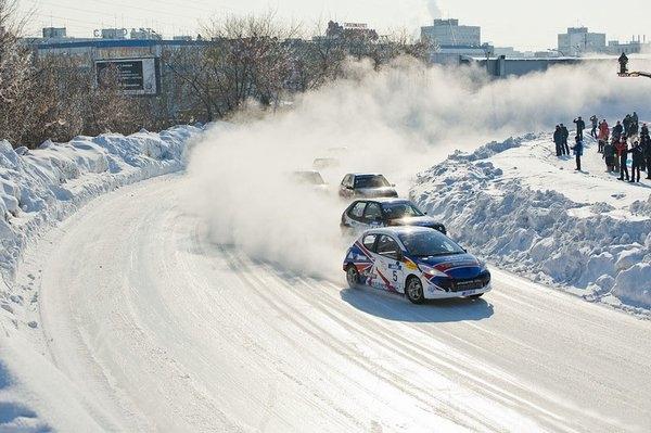 Чемпионат России по зимним трековым автогонкам.